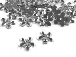 Kwiatki akrylowe 12mm białe